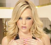 Alexis Texas Solo Showing Her Natural Tits 11