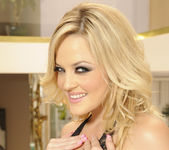 Alexis Texas Solo Showing Her Natural Tits 12