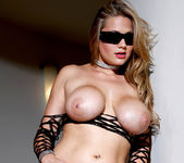 Alanah Rae In a Classic Pornstar Hotness Fest 17
