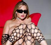 Alanah Rae In a Classic Pornstar Hotness Fest 25