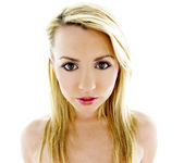 Lexi Belle the Pornstar is Pretty And Pink 12