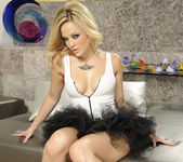 Alexis Texas Molesting Herself Solo 14