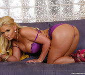 Phoenix Marie - The Lady and The Pornstar 8