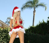 Gina Lynn is Santa's Helper for Bad Boys 8