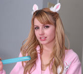 Lexi Belle - Being a Bad Girl Right Before Christmas 3