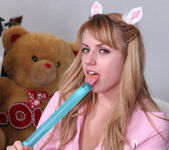Lexi Belle - Being a Bad Girl Right Before Christmas 7