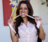 Simpler Days for Pornstar Ann Marie Rios 7