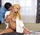 Male Intruder Wants to Fuck Gina Lynn 20