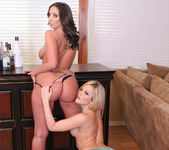 Threesome with Alexis Texas and Kelly Divine 21