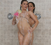 Sara Stone and Chavon Taylor - Pornstar Shower Time 24