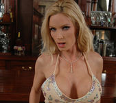 Diamond Foxxx Gets Naked at the Bar 2