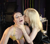 Nina Hartley Gets a Visit from Anastasia Pierce 27