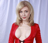 Nina Hartley Plays Woman in Red 2