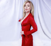 Nina Hartley Plays Woman in Red 8