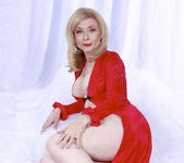 Nina Hartley Plays Woman in Red 18