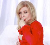 Nina Hartley Plays Woman in Red 22