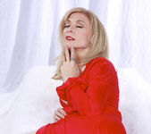 Nina Hartley Plays Woman in Red 24