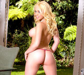 Kagney Linn Karter Getting Horny in the Sunny Outdoors 26