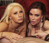 Candy Mason and Diamond Foxxx Make This Blowjob a Threesome 2