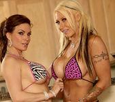 Diamond Foxxx and Candy Mason - Enjoy the Show 4