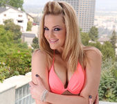 Alexis Texas - Public Nudity Feels So Good 4
