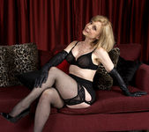 Nina Hartley - Black and Red 7