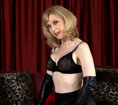 Nina Hartley - Black and Red 11