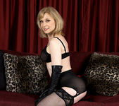 Nina Hartley - Black and Red 13