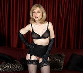 Nina Hartley - Black and Red 27