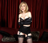 Nina Hartley - Black and Red 29