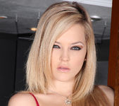 Alexis Texas - Too Hot to Think 6