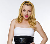 Lexi Belle's Ready for a Hot Night 6