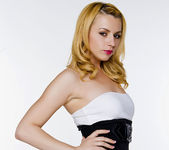 Lexi Belle's Ready for a Hot Night 11
