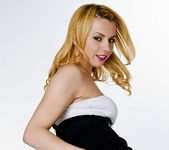 Lexi Belle's Ready for a Hot Night 20