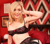 Nina Hartley Loves it Hard... Including the Toys 3