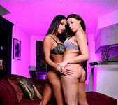 Jessica Jaymes and Chanel Preston 4