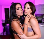 Jessica Jaymes and Chanel Preston 9