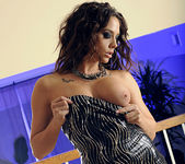 Chanel Preston Wants to Give Up Some Pussy 11