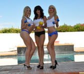 Alexis Texas and Sunny Leone Play with Monique Alexander 2