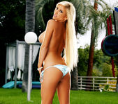 Tasha Reign - Public Nudity for the Voyeur Neighbors 24