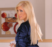 Tasha Reign Knows How to Make You Watch 10