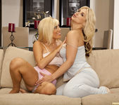 Tasha Reign Makes Sarah Vandella Wet All Night 17
