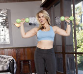 Sarah Vandella Staying in Shape 8
