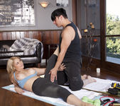 Sarah Vandella Works Anthony's Heavy Bar 22