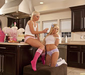 Jenna Presley and Sarah Vandella - Cute in the Kitchen 3