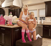 Jenna Presley and Sarah Vandella - Cute in the Kitchen 12