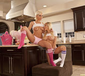 Jenna Presley and Sarah Vandella - Cute in the Kitchen 15