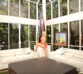 Sarah Vandella Gives You the View 9