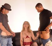 Nina Hartley Gets a 2 on 1 3