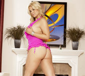 Sarah Vandella - Fingers and Wet Spots 12